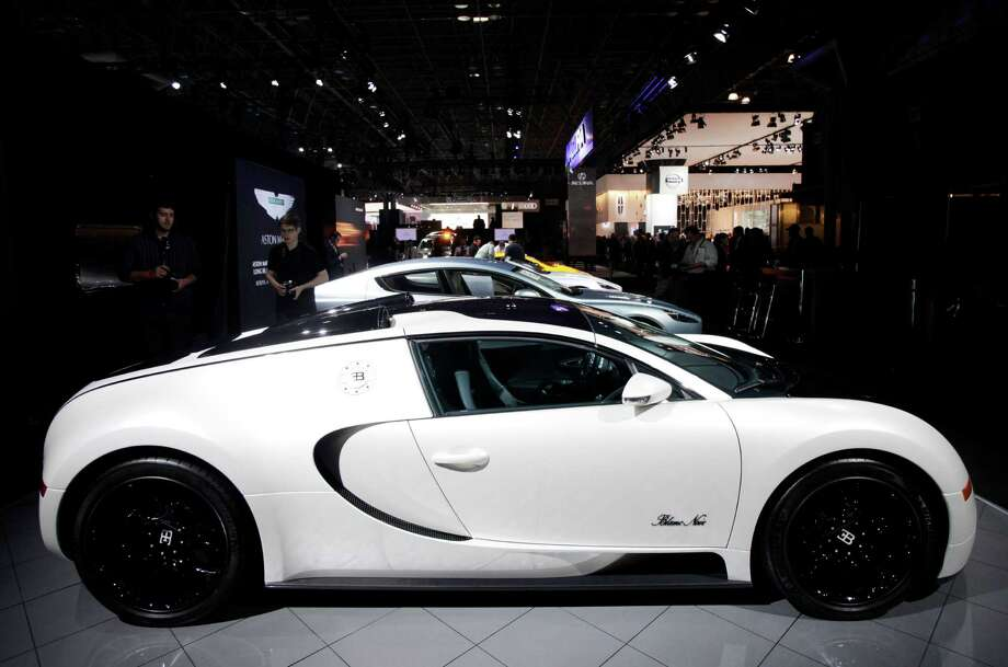 Bugatti VeyronLow Volume/ExoticMiles Per Gallon: 10Green House Gas: 1Air Pollution: 5Total: 16See Forbes' list of the dirtiest vehicles of 2013 Photo: Mark Lennihan, Associated Press / AP