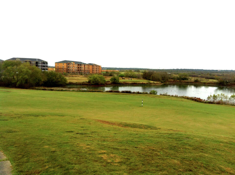 Upscale apartments are being built near holes No. 5 through No. 7 at Golf Club of Texas, located about 20 minutes west of downtown. Photo: Richard Oliver, San Antonio Express-News