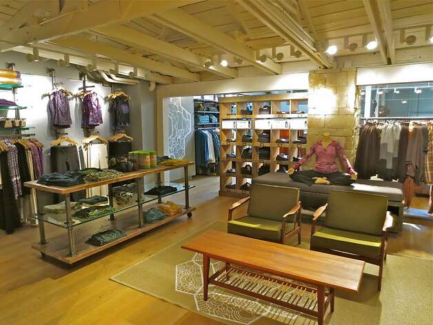 The store   the first for prAna in the Bay Area   is full of casual clothes for men and women suitable for most any activity, whether it s running errands, taking the kids to the park, or hiking in the Marin Headlands with dinner in the city afterward. Photo: PrAna