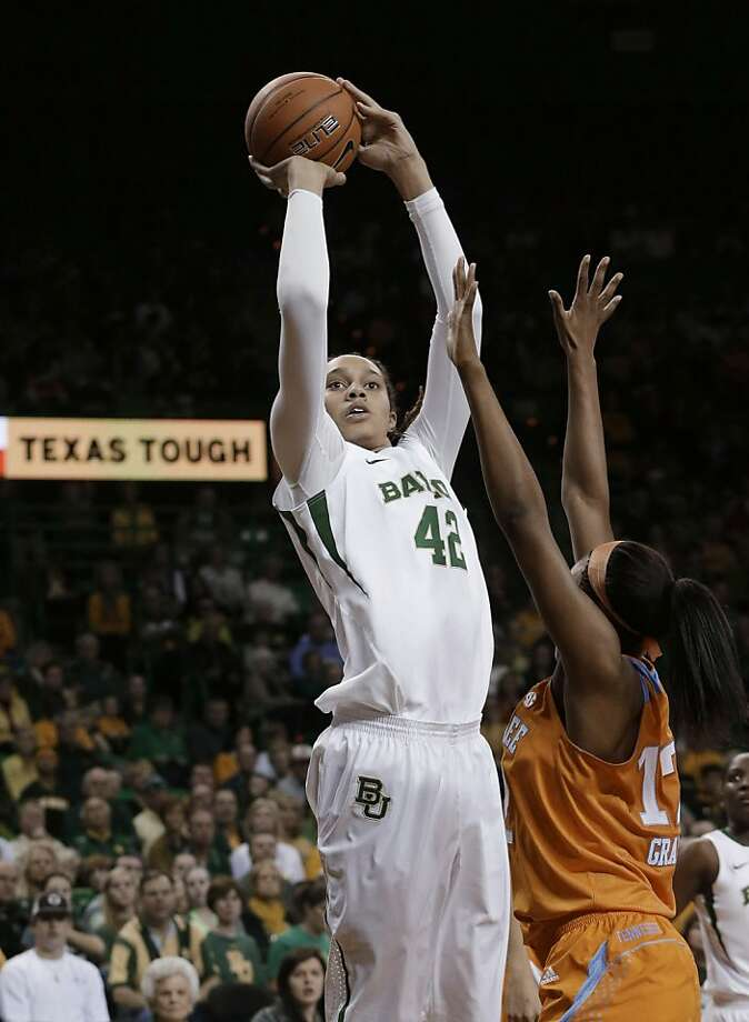 Baylor's Brittney Griner shoots over Tennessee's Bashaara Graves. Photo: LM Otero, Associated Press