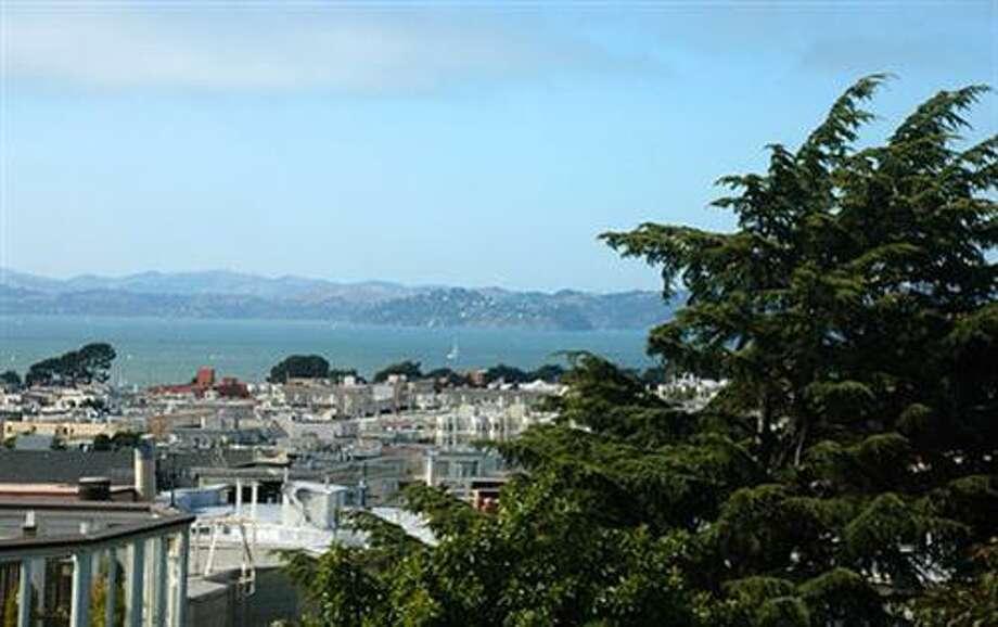 Views of the bay (redfin.com)