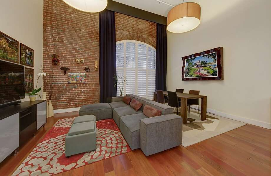 This loft is set in a building constructed in the 1850s. Photo: Dan Friedman/SF