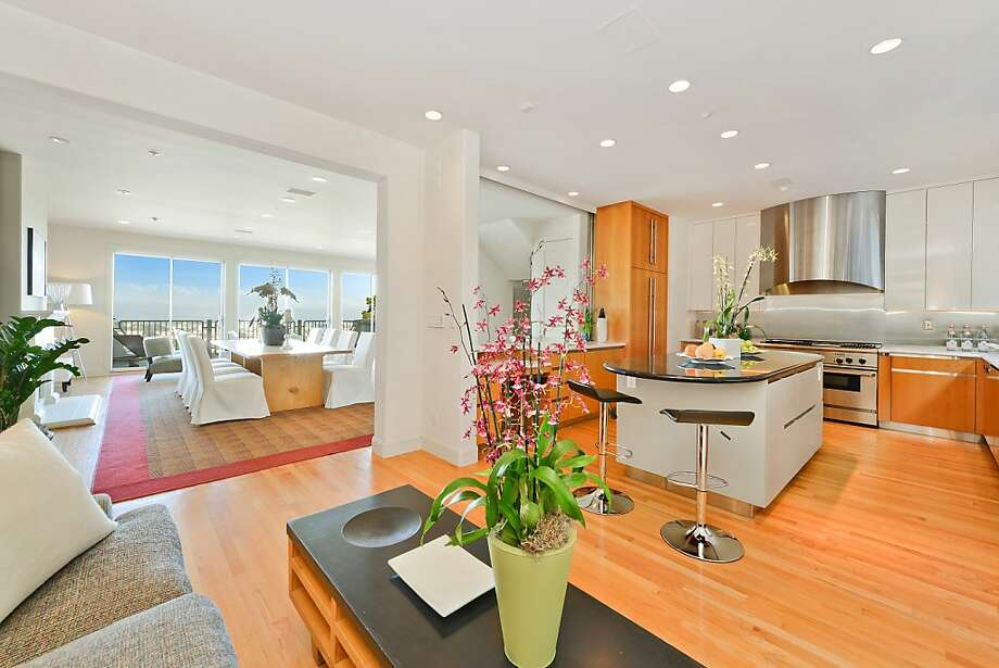 9 Clarendon Ave., $2.6 million Photo: Coldwell Banker