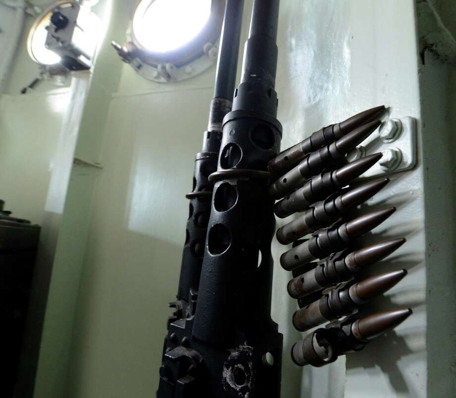 Twin machine guns on the bridge of the USS Slater.     (Skip Dickstein/Times Union) Photo: Skip Dickstein / 00020379A