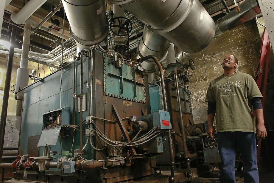 Staffer Gene Augustine, Oakland Tech boilers. Photo: Michael Macor, The Chronicle
