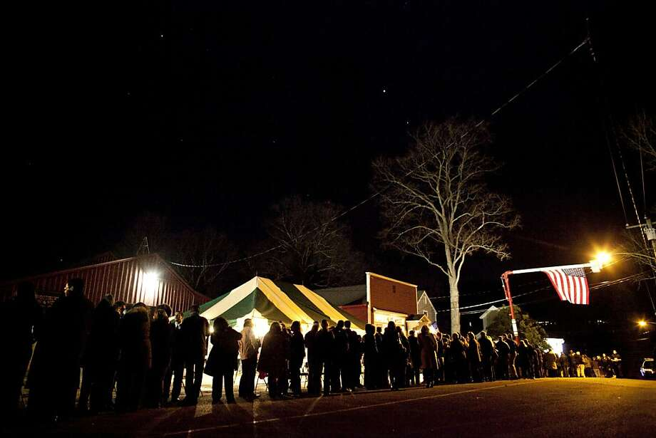 WOODBURY, CT - DECEMBER 19:  Mourners lineup for the wake of school principal Dawn Hochsprung, December 19, 2012 in Woodbury, Connecticut. Six victims of the Newtown school shooting are being honored at funerals and visitations across the state today for the victims of Sandy Hook Elementary School. (Photo by Allison Joyce/Getty Images) Photo: Allison Joyce, Getty Images