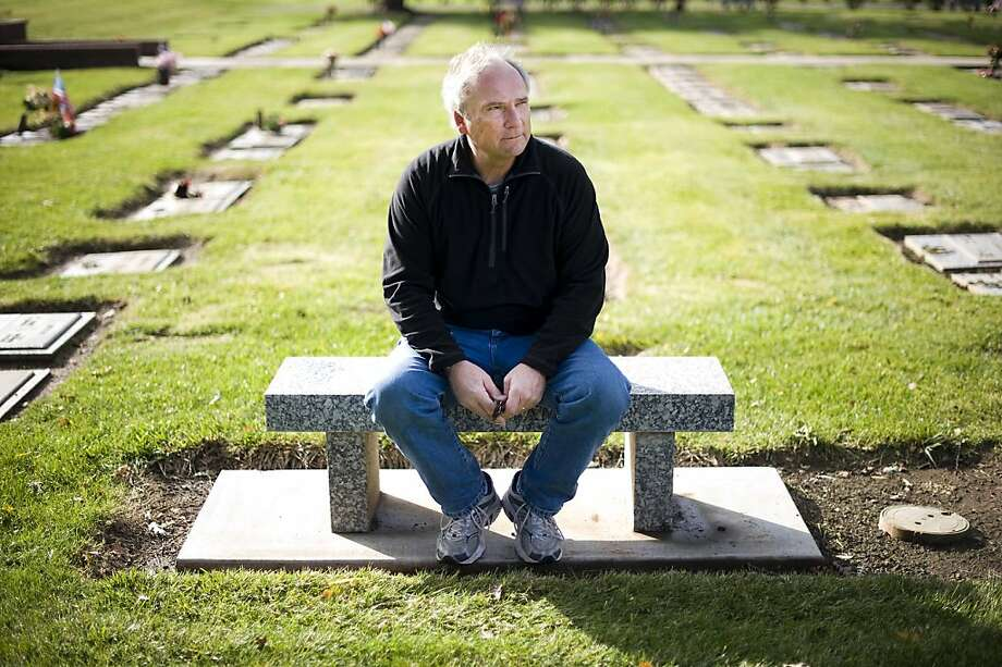 Kale Alderson visits the Chico grave of his father, World War II veteran John Alderson, who died at 89 in a Yuba City nursing home three months before the Department of Veterans Affairs approved his benefits. Photo: Michael Short