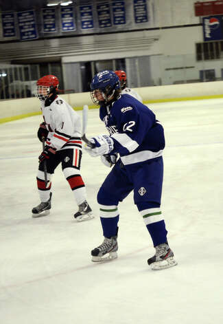 Darien's Jack Pardue (22) on the ice during the boys ice hockey game against New Canaan at the Darien Ice Rink on Wednesday, Dec. 19, 2012. Photo: Amy Mortensen / Connecticut Post Freelance
