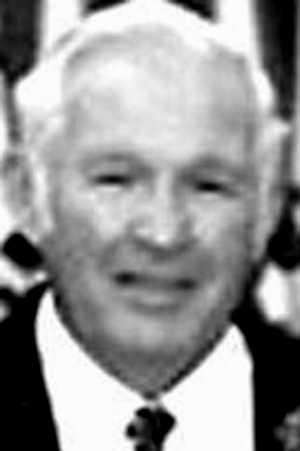 Irving Russell Patterson of Litchfield, 84, died Dec. 15, 2012, in Jupiter, Fla., where he had a winter home. He was the husband of Leonore ìLeeî Waltos Patterson for 63 years. Mr. Patterson was born Oct. 27, 1928, the son of Russell Lewis Patterson and Alma Campbell Patterson. Photo: Contributed Photo