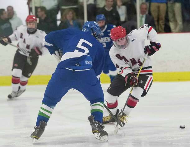 New Canaan high school vs. Darien high school in a boys ice hockey game player at the Darien Ice Rink, Darien CT on Wednesday, December 19th, 2012 Photo: Mark Conrad / Stamford Advocate Freelance