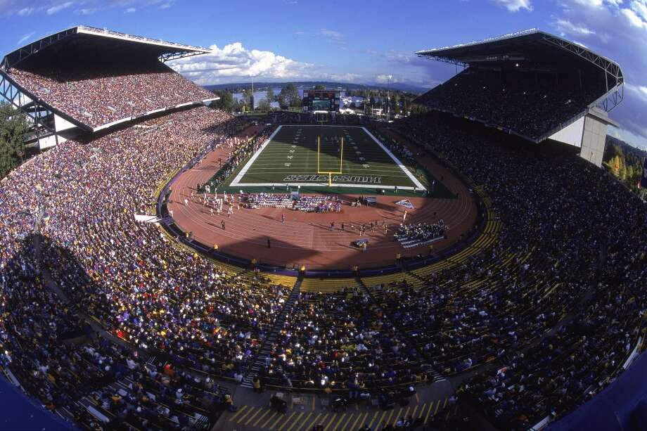 Washington bowl games through historyThis Saturday is not, as they say, the UW's first rodeo. The 2012 Maaco Bowl in Las Vegas puts the Washington Huskies (7-5, 5-4 Pac-12) against the Boise State Broncos (10-2, 7-1 Mountain West) on Dec. 22, and it marks the 32nd time in UW history that the Huskies will appear in a postseason bowl. The Huskies have a rich football tradition -- their 31 bowl appearances are tied for 22nd most in the NCAA, and their 15 wins are tied for 19th in the country. The UW's 14 Rose Bowl appearances are second among Pac-12 teams after USC's whopping 33.The Huskies will kick off their 32nd bowl game at 12:30 p.m. against the Broncos. The game will be televised on ESPN and broadcast on 950 AM KJR radio. With the latest installment of the UW's bowl legacy to be written soon, let's take a look back at what the history books hold for the UW's postseason records.(Otto Greule Jr / Getty Images)