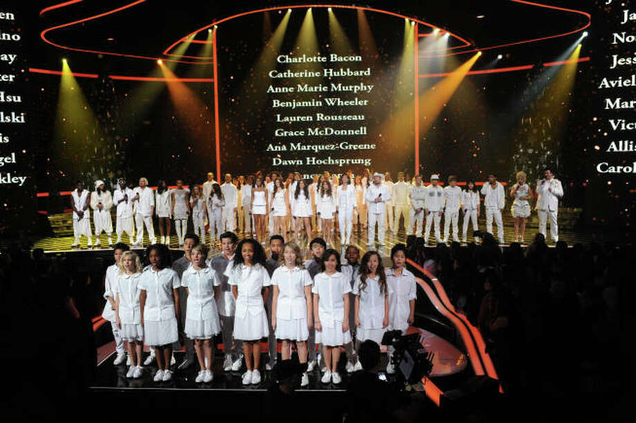 THE X FACTOR:  X FACTOR Finalists perform on THE X FACTOR, Wednesday, Dec. 19 (8:00-9:00PM ET/PT) on FOX.  CR: Ray Mickshaw / FOX.
