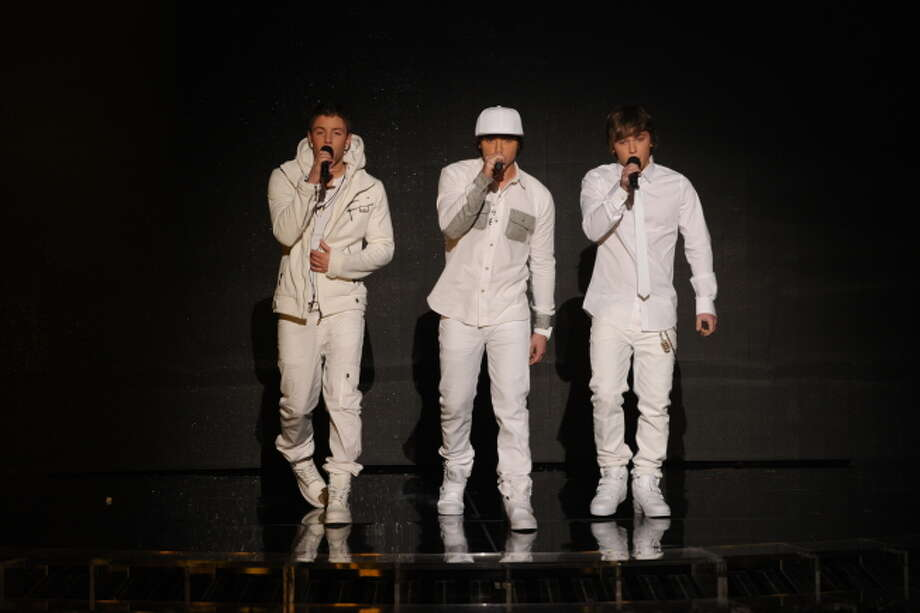 THE X FACTOR:  Emblem3 performs on THE X FACTOR, Wednesday, Dec. 19 (8:00-9:00PM ET/PT) on FOX.  CR: Frank Micelotta / FOX.