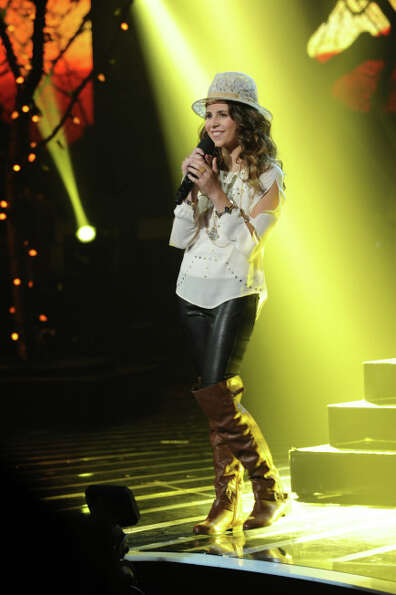THE X FACTOR: Finalist Carly Rose Sonenclar performs on THE X FACTOR, Wednesday, Dec. 19 (8:00-9:00P
