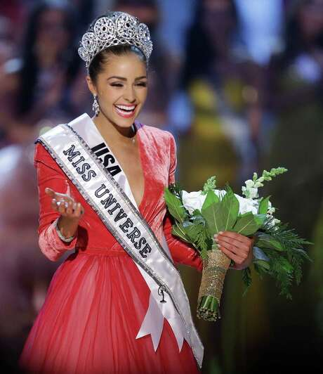 Miss USA, Olivia Culpo, waves to the crowd after being crowned Miss Universe during the Miss Universe competition, Wednesday in Las Vegas. Photo: Julie Jacobson, STF / AP