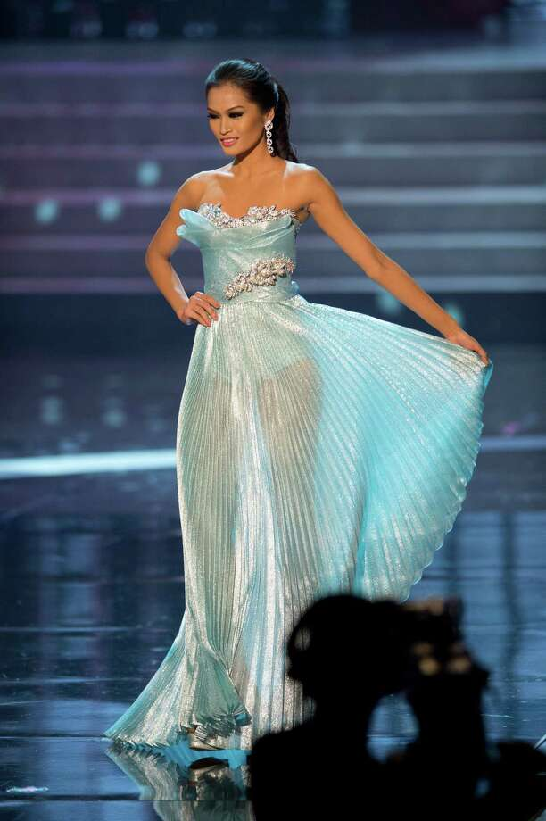 Miss Philippines, Janine Tugonon, competes in an evening gown of her choice as one of the top 10 contestants. Photo: Matt Brown, Miss Universe Organization / Miss Universe Organization