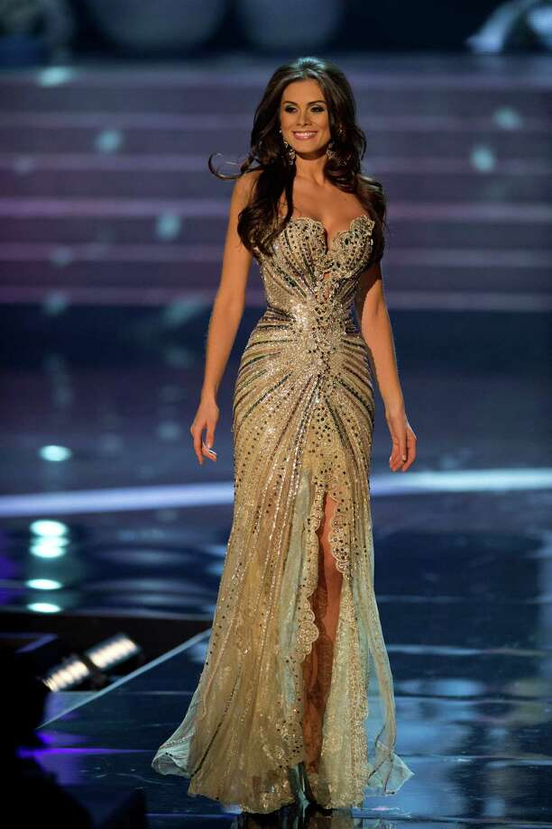 Miss Brazil, Gabriela Markus, competes in an evening gown of her choice as one of the top 10 contestants. Photo: Matt Brown, Miss Universe Organization / Miss Universe Organization