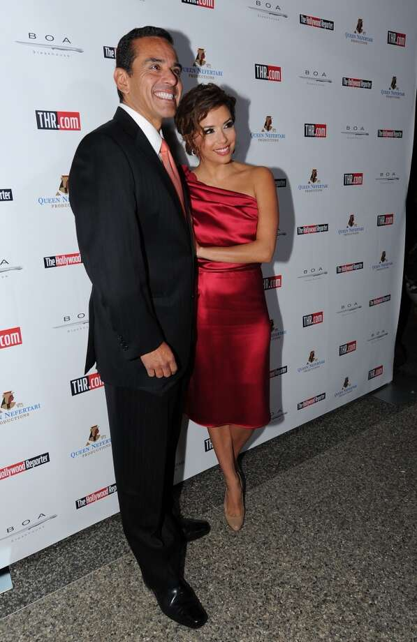 LOS ANGELES, CA - NOVEMBER 16:  Los Angeles Mayor Antonio Villaraigosa and Actress Eva Longoria Parker attend Hollywood Reporter's philanthropist of the year award reception held at BOA Sunset on November 16, 2009 in Los Angeles, California.  (Photo by Alberto E. Rodriguez/Getty Images) (Getty Images)