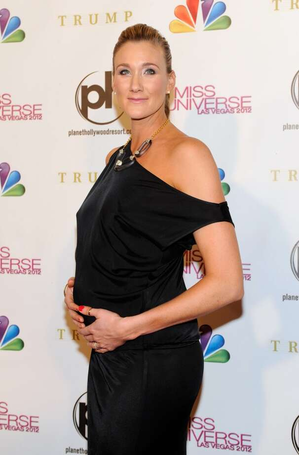 Professional beach volleyball player and pageant judge Kerri Walsh Jennings arrives at the 2012 Miss Universe Pageant at Planet Hollywood Resort & Casino on December 19, 2012 in Las Vegas, Nevada.  (Photo by David Becker/Getty Images) (Getty Images)