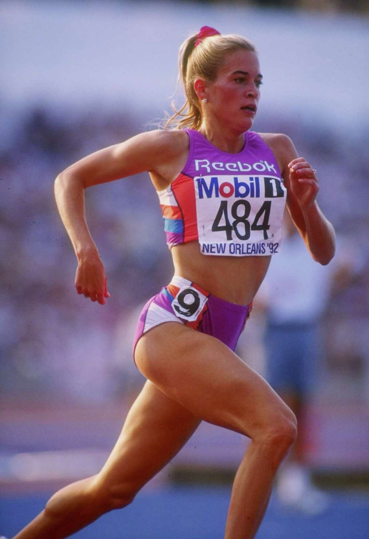 Suzy Hamilton runs down the track during the US Olympic Trials in 1992.