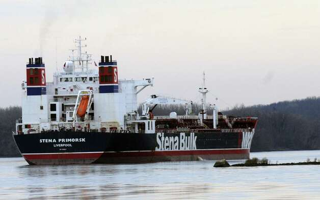 The Stena Primorsk oil tanker ran aground and punctured the outer layer of its hull near Stuyvesant, N.Y., Thursday Dec. 20, 2012. It was carrying North Dakota crude which it took on at the Port of Albany.(Michael P. Farrell/Times Union) Photo: Michael P. Farrell