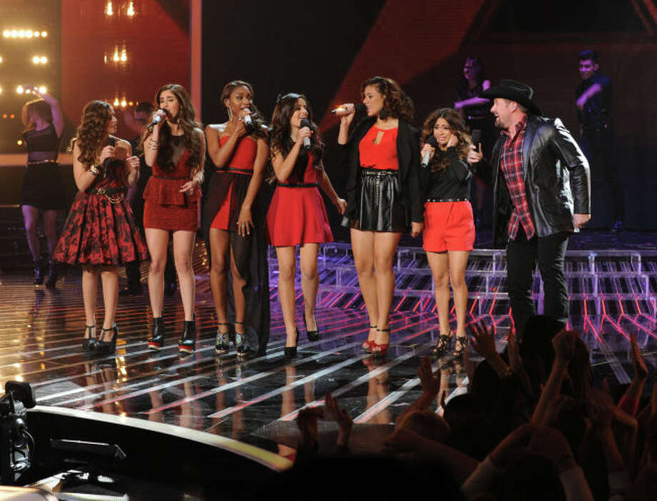 THE X FACTOR:  Finalists Carly Rose Sonenclar, Fifth Harmony and Tate Stevens perform during  THE X FACTOR Finale, Thursday, Dec. 20 (8:00-9:00PM ET/PT) on FOX.  CR: Ray Mickshaw / FOX.