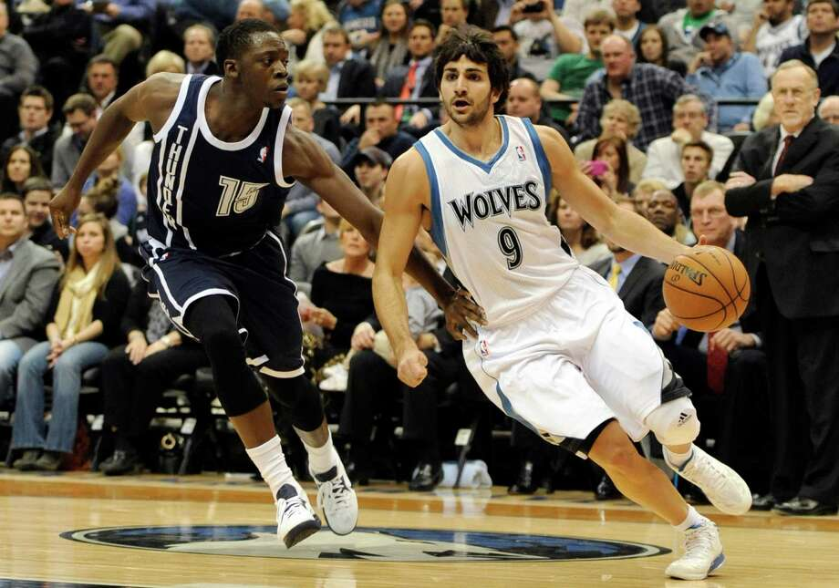 Oklahoma City Thunder's Reggie Jackson (15) defends against Minnesota Timberwolves' Ricky Rubio (9), of Spain, during the first quarter of an NBA basketball game at the Target Center on Thursday, Dec. 20, 2012, in Minneapolis. (AP Photo/Hannah Foslien) Photo: Hannah Foslien