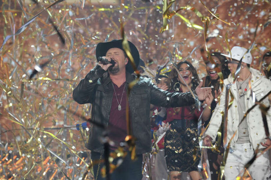 THE X FACTOR:  X FACTOR season two winner Tate Stevens performs during THE X FACTOR Finale, Thursday, Dec. 20 (8:00-9:00PM ET/PT) on FOX.  CR: Ray Mickshaw / FOX.