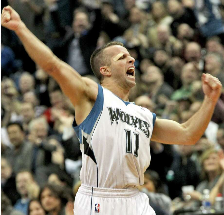 Timberwolves guard J.J. Barea put up 12 straight points in the fourth quarter to end a double-digit win streak by the Thunder, holders on the NBA's best record. Photo: Marlin Levison, MBR / Minneapolis Star Tribune