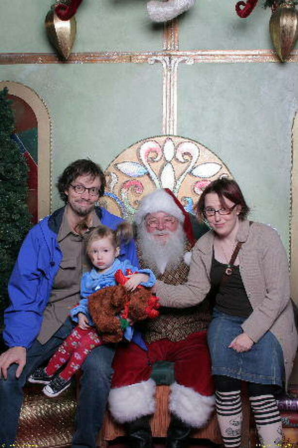 Pop, terrified Hazel, Santa and Nene, 2008
