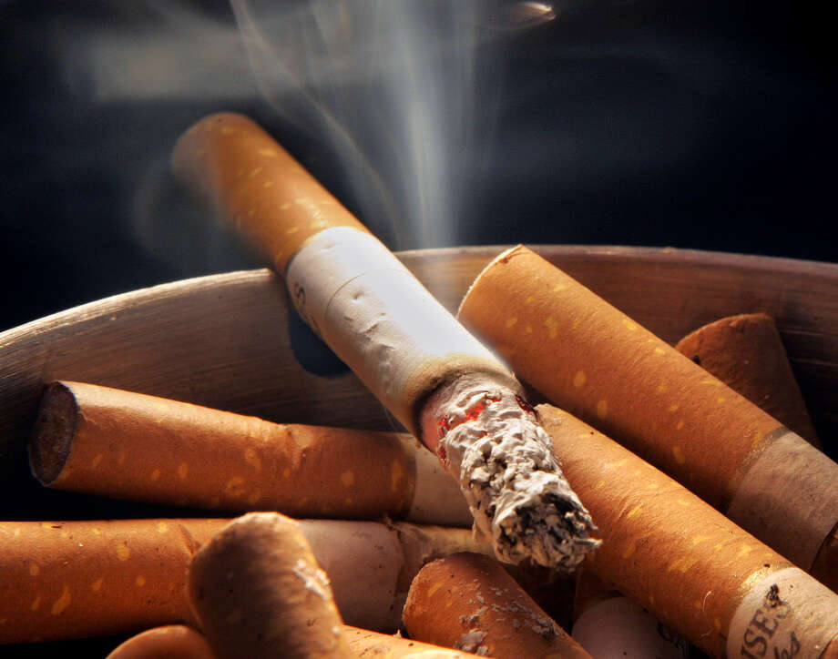 Cigarette smoking cuts off blood supply to the brain. Avoiding inflammation in your brain makes you smarter. Photo: File Photo, Associated Press / AP