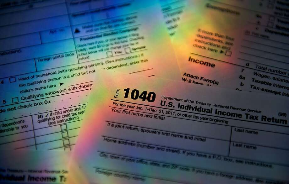 You can deduct your charitable contribution only if you itemize deductions on your tax return and the organization to which you gave is eligible to receive tax-deductible donations. Photo: Daniel Acker, Bloomberg