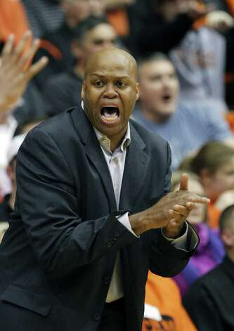 Oregon State head coach Craig Robinson shouts to his team during the first half of an NCAA college basketball game with Stanford Saturday, Jan. 7, 2012, in Eugene, Ore. (AP Photo/Rick Bowmer) Photo: Rick Bowmer, Associated Press / AP