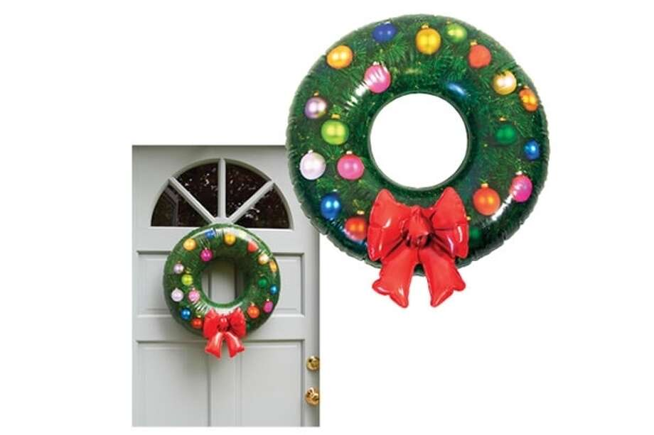 An inflatable wreath will say Merry Christmas for you. (www.stupid.com)