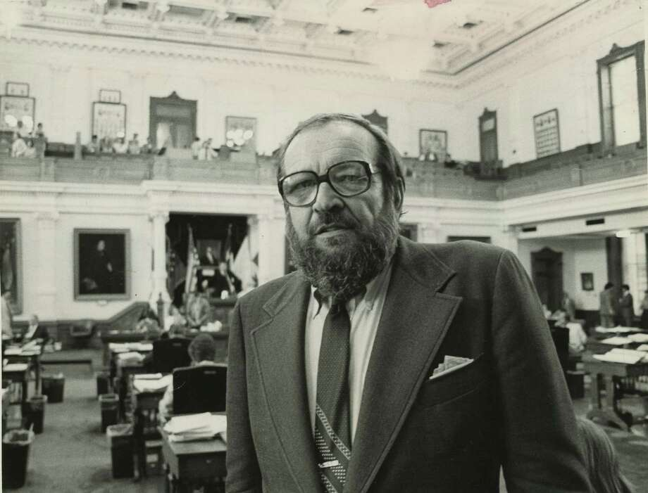 Journalist-author Larry L. King, shown at the Texas Capitol in 1981, lived in D.C. Photo: Houston Chronicle Photo