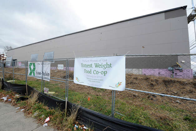 Progress is being made on the construction of Honest Weight Food Co-op's new store site on the corner of Commerce Ave. and Watervliet Ave. on Wednesday Dec. 19, 2012 in Albany, N.Y. (Lori Van Buren / Times Union) Photo: Lori Van Buren