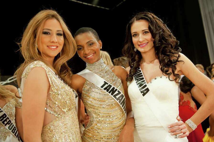 Miss Turkey, Cagil Ozge Özkul, Miss Tanzania, Winfrida Dominic, and Miss Romania, Delia Monica Duca