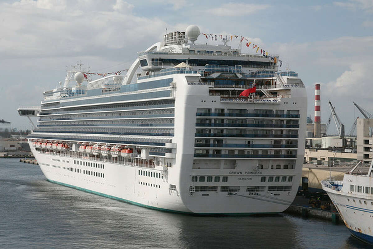 Crown Princess in Fort Lauderdale, Fla., in 2008. | cliff1066 / Flickr.com