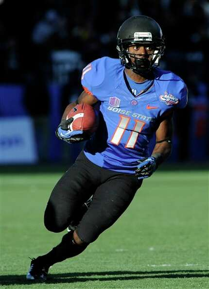 Boise State wide receiver Shane Williams-Rhodes (11) runs with the ball during the second half of th