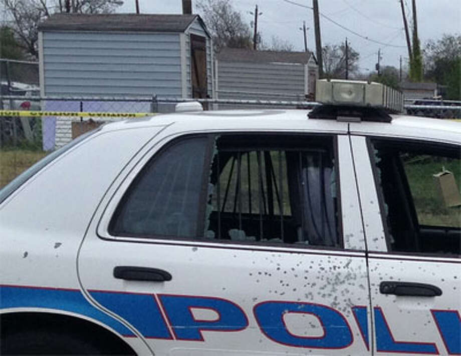 Damage from gunshots to an HPD vehicle. (Erin Mulvaney/Chronicle)