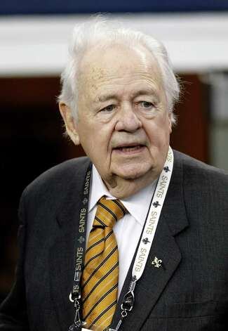 1,175. NFL team owner Tom Benson, 85, has a net worth of $1.2 billion. A year ago, Forbes listed Benson at No. 1,075 with a net worth of $1.1 billion. Benson is listed by Forbes as a New Orleans resident, but he also has a San Antonio home and local banking interests. Benson owns the New Orleans Saints. Photo: Brandon Wade, Associated Press / AP