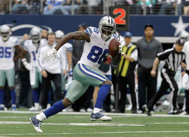 Dallas Cowboys wide receiver Dez Bryant (88) finds open field on his way to scoring a touchdown during the first half of an NFL football game against the New Orleans Saints  Sunday, Dec. 23, 2012 in Arlington, Texas. (AP Photo/Brandon Wade) Photo: Brandon Wade, Associated Press / AP