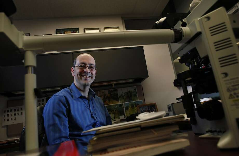 Dr. Arie Perry, a neuropathologist at UCSF Medical Center, uses popular songs as memory aids for hard-to-remember medical information. Photo: Carlos Avila Gonzalez, The Chronicle