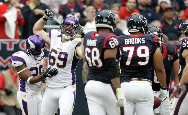 Minnesota Vikings defensive end Jared Allen (69) celebrates a defensive stop against the Houston Texans during the second quarter of a NFL game, Sunday, Dec. 23, 2012, at Reliant Stadium  in Houston. Photo: Nick De La Torre, Houston Chronicle / © 2012  Houston Chronicle