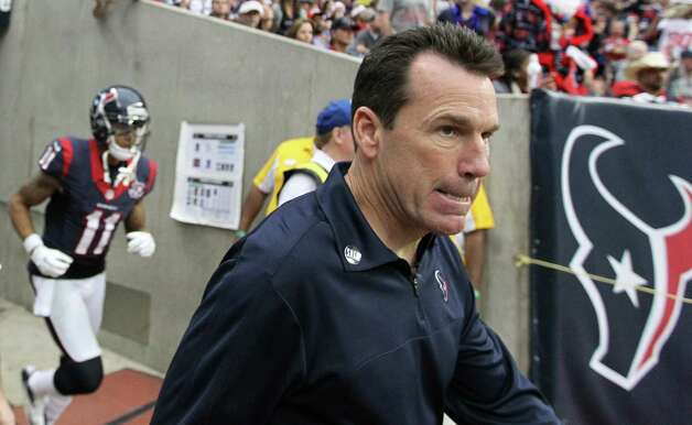 Houston Texans head coach Gary Kubiak comes out of the tunnel before the start of the third quarter of an NFL football game at Reliant Stadium, Sunday, Dec. 23, 2012, in Houston. Photo: Karen Warren, Houston Chronicle / © 2012 Houston Chronicle