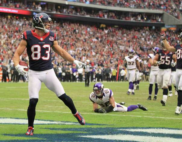 Houston Texans wide receiver Kevin Walter (83) reacts after catching the ball on the one-yard line during the third quarter of an NFL football game at Reliant Stadium, Sunday, Dec. 23, 2012, in Houston. Photo: Karen Warren, Houston Chronicle / © 2012 Houston Chronicle