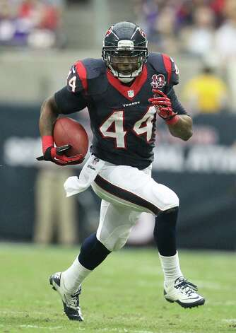 Houston Texans running back Ben Tate (44) runs the ball during the third quarter of an NFL football game at Reliant Stadium, Sunday, Dec. 23, 2012, in Houston. Photo: Karen Warren, Houston Chronicle / © 2012 Houston Chronicle
