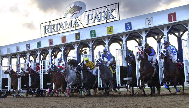 Let Texans Decide says casinos at racetracks such as Retama Park in Selma would bring 75,000 jobs statewide. / SAN ANTONIO EXPRESS-NEWS
