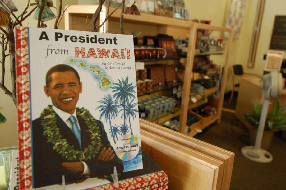 The president from Hawaii is back for Christmas vacation -- and a tribute to the late Sen. Daniel Inouye at Punchbowl cemetery earlier today. (Jeanne Cooper / SFGate)