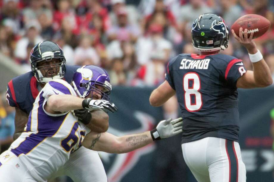 Texans quarterback Matt Schaub (8) gets off a pass as tackle Duane Brown (76) blocks Vikings defensive end Jared Allen (69) during the first quarter. Photo: Smiley N. Pool, Houston Chronicle / © 2012  Houston Chronicle